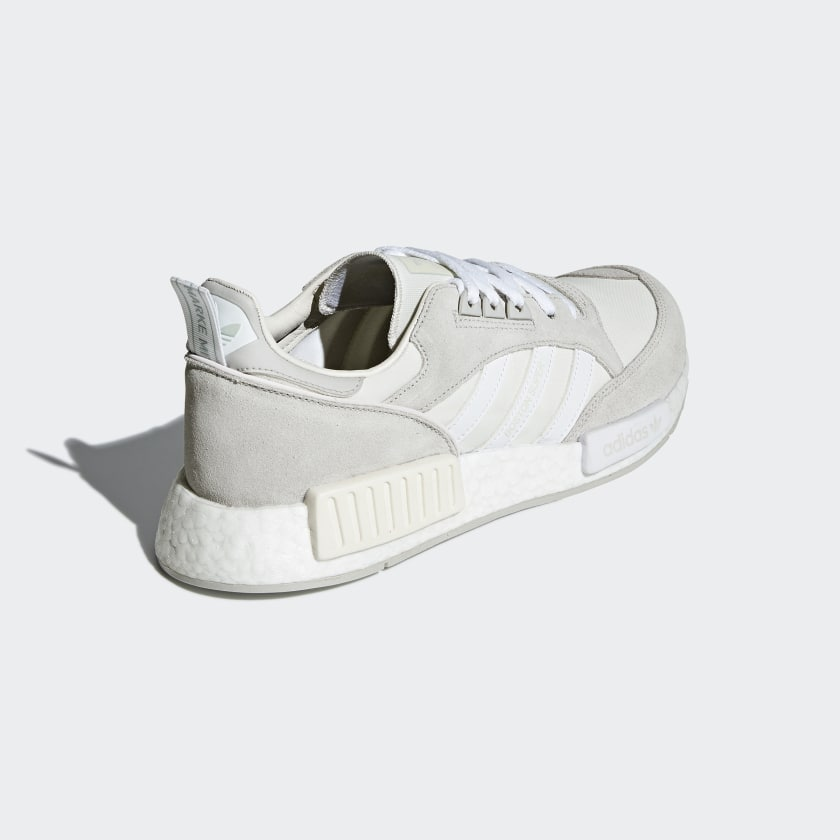 adidas-Originals-Boston-SuperxR1-Shoes-Men-039-s thumbnail 24