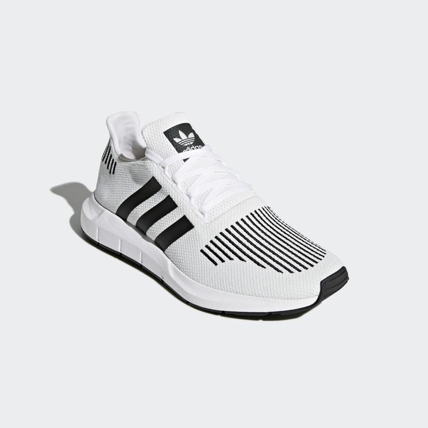 adidas Obuv Swift Run - bílá  66268611f4