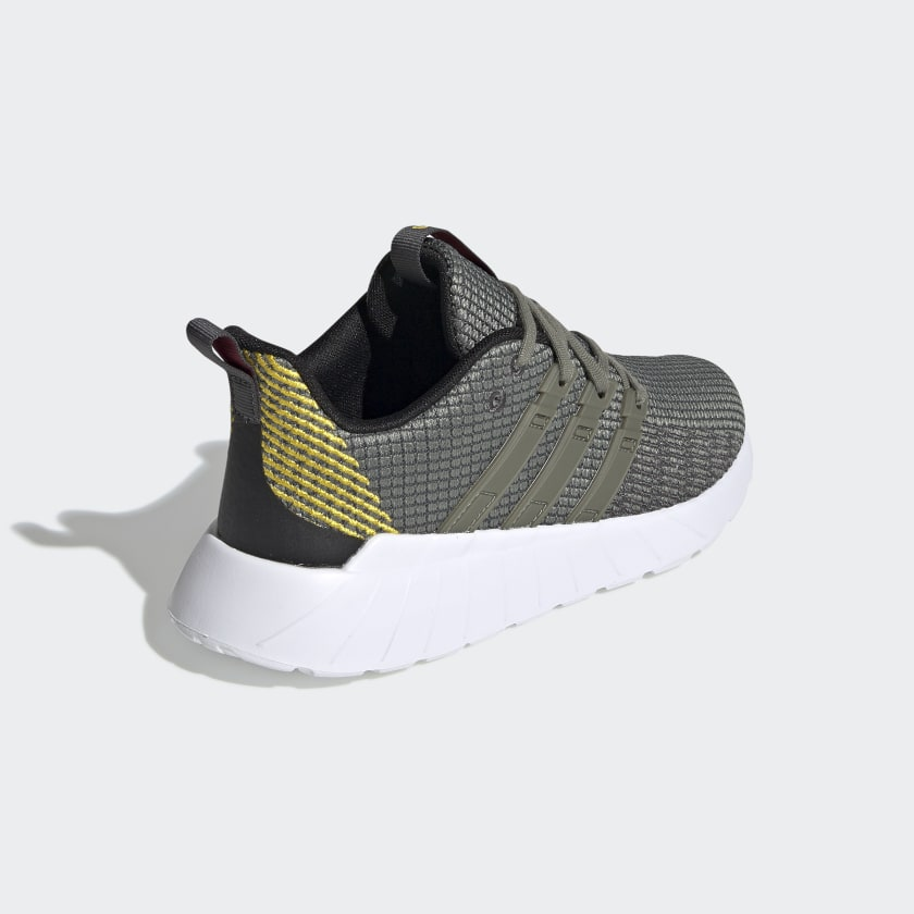 adidas-Originals-Questar-Flow-Shoes-Kids-039 thumbnail 14