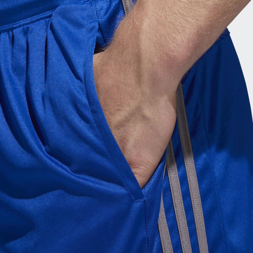 adidas-D2M-3-Stripes-Shorts-Men-039-s thumbnail 45