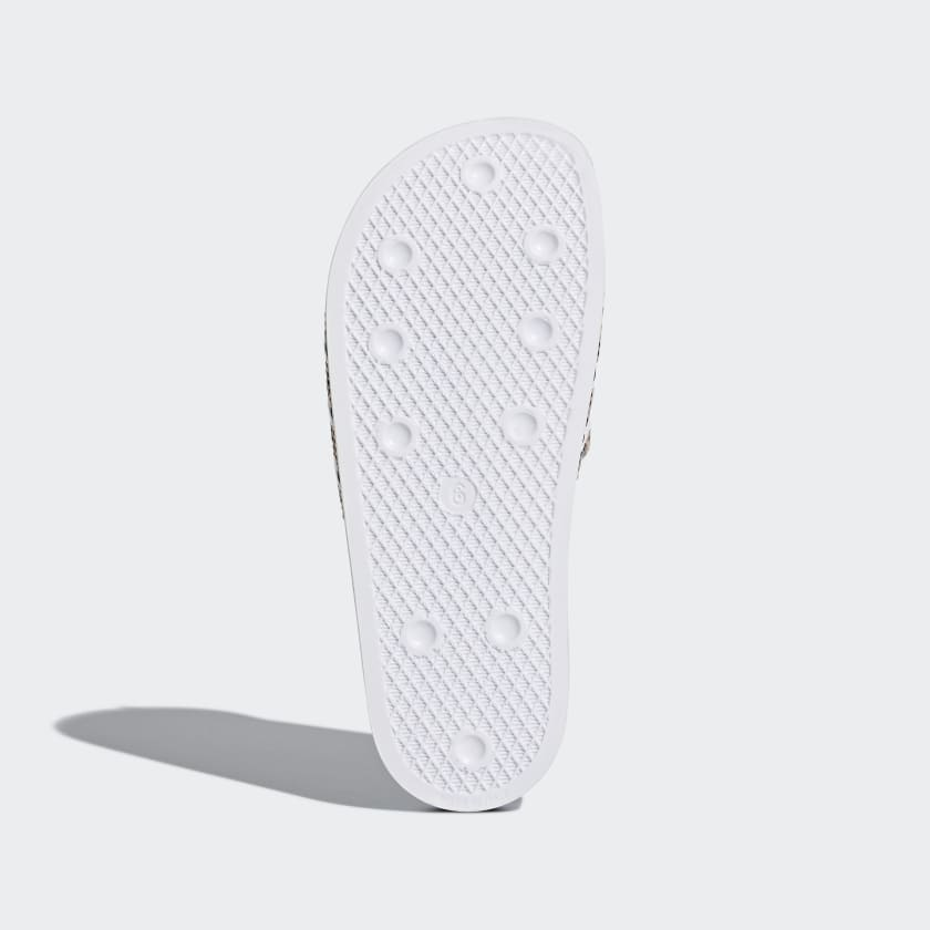 adidas-Originals-Adilette-Slides-Women-039-s thumbnail 14