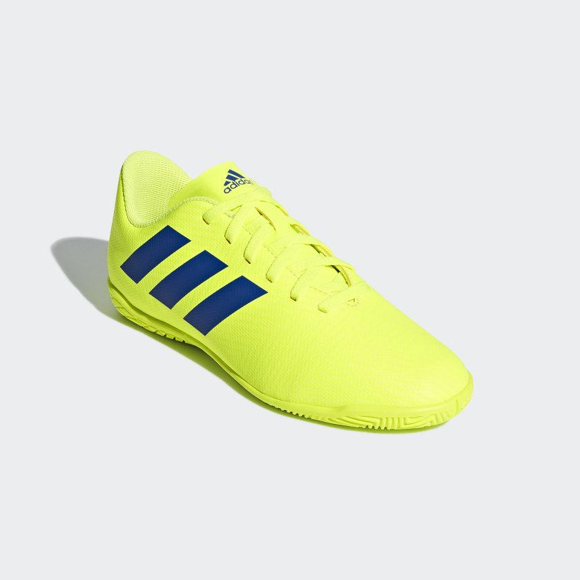 Zapatos de fútbol Nemeziz Tango 18.4 Bajo Techo