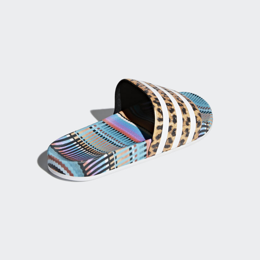 adidas-Originals-Adilette-Slides-Women-039-s thumbnail 15