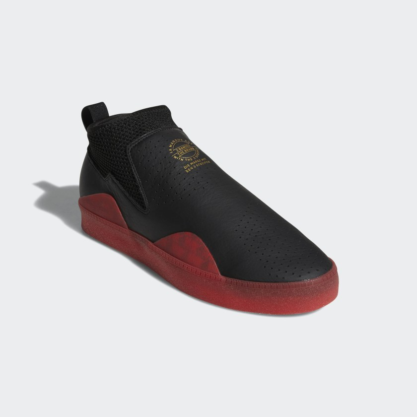 3ST.002 Shoes