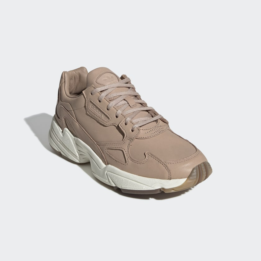 Sapatos Falcon