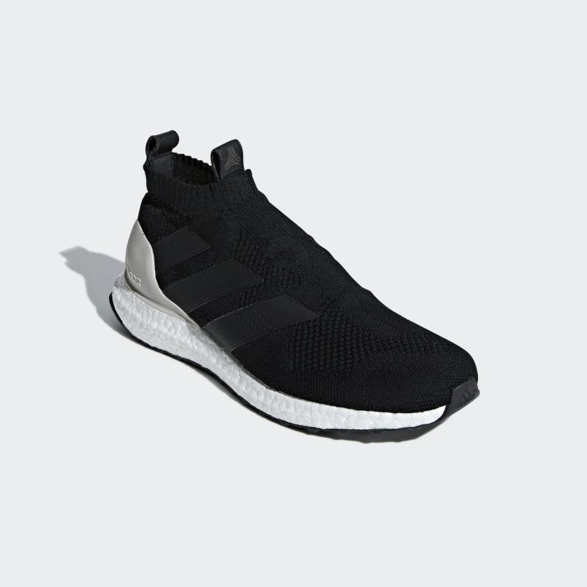 A 16+ Ultraboost sko
