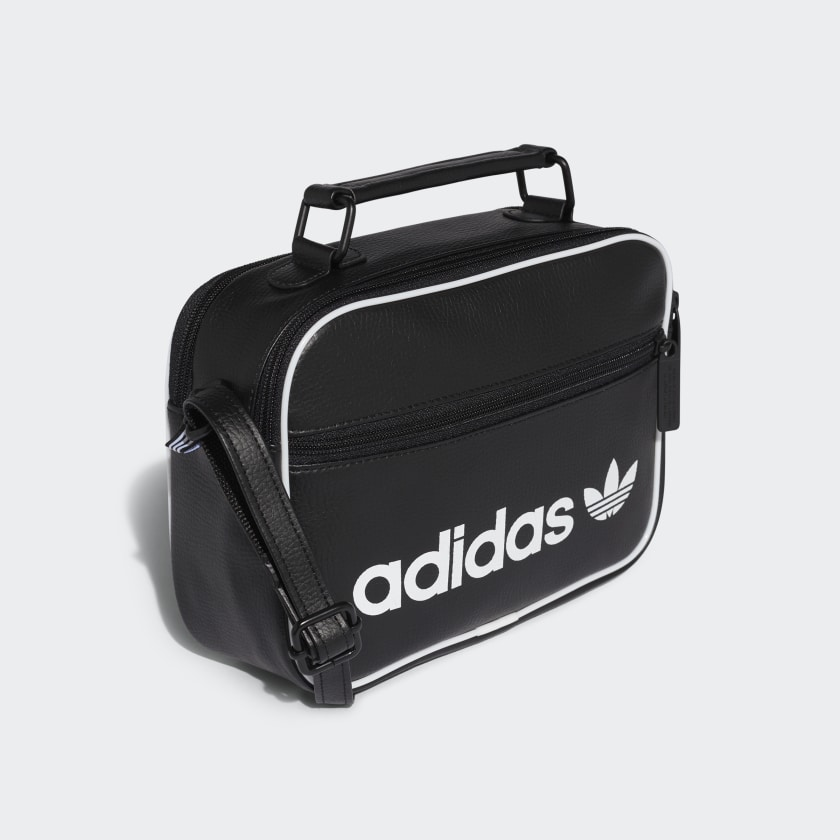 adidas mini vintage airliner tasche schwarz adidas deutschland. Black Bedroom Furniture Sets. Home Design Ideas