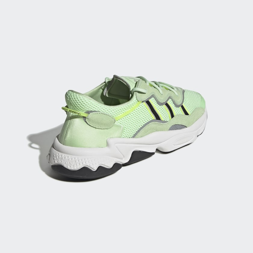 adidas-Originals-OZWEEGO-Shoes-Men-039-s thumbnail 27