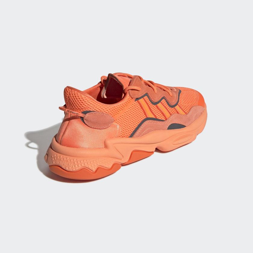 adidas-Originals-OZWEEGO-Shoes-Men-039-s thumbnail 27