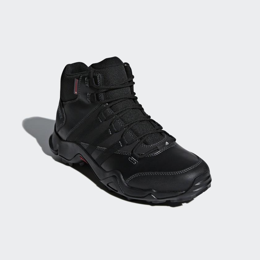 Sapatos Climawarm TERREX AX2R Beta Mid