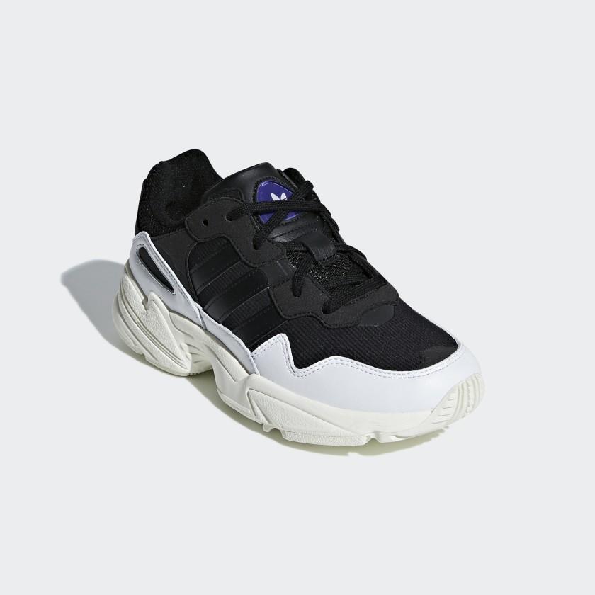adidas Sapatos Yung-96 - Preto  42de54f8e2a80